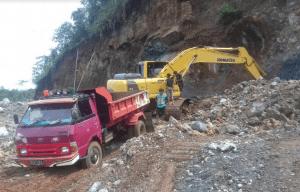 Penambangan Batu di Gunung Bellang Balantang
