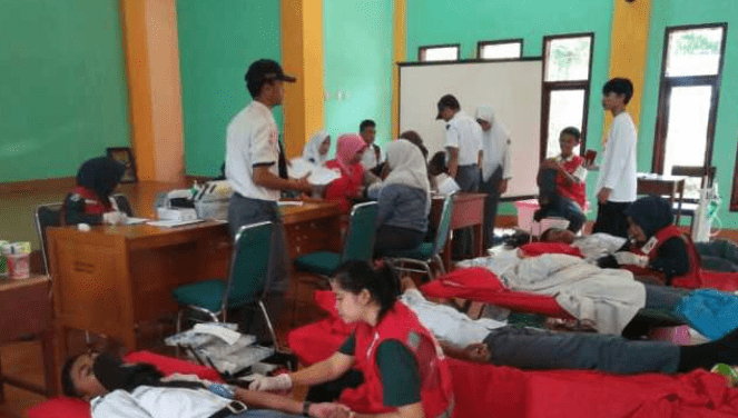 Donor Darah PMR SMKN 1 Luwu Timur